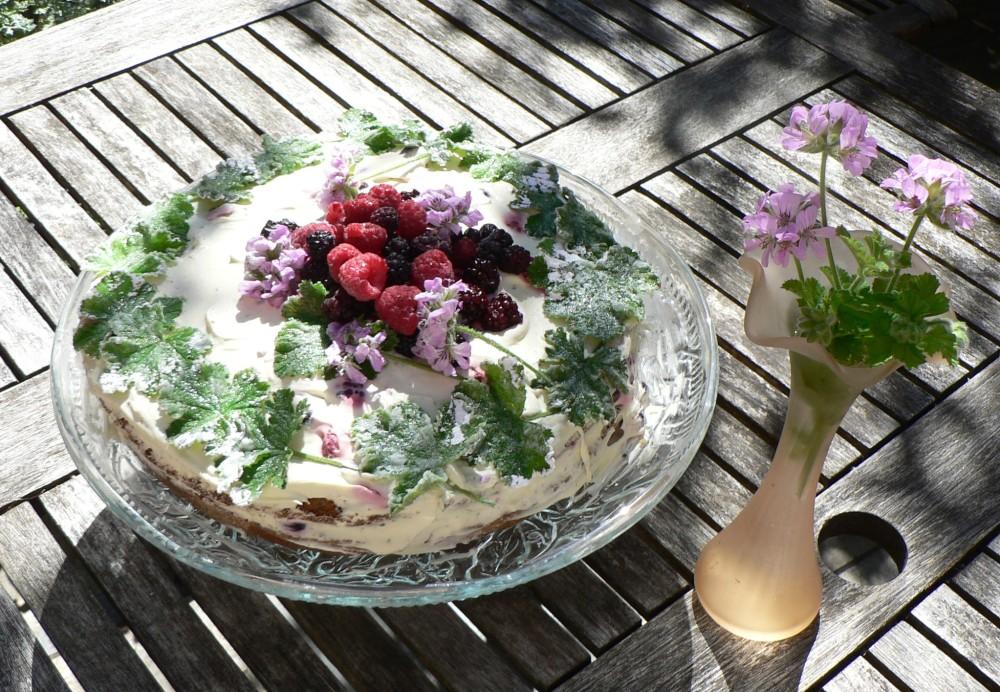 Rose geranium cake